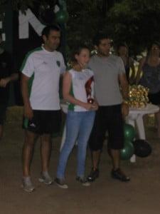 Tayra Klaremberg recibe su premio
