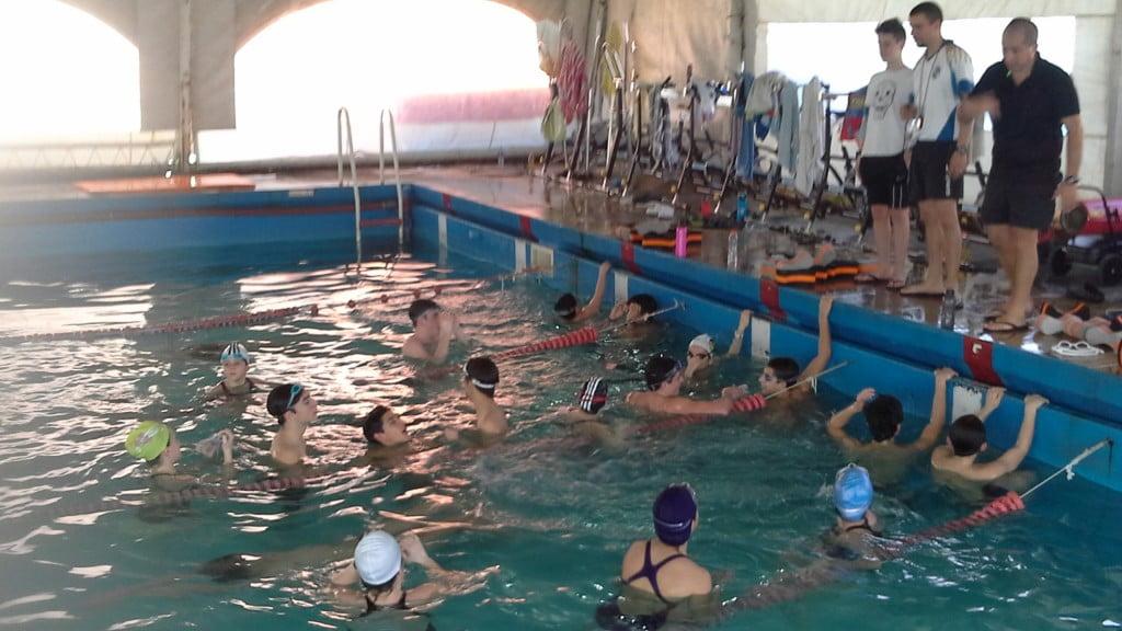 Aquatica compartió un día con nadadores del Círculo de Policía Federal