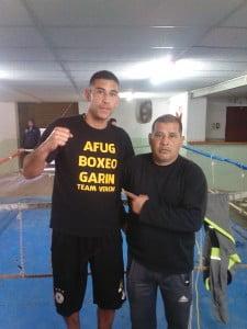 Mateo Veron junto a su padre y entrenador