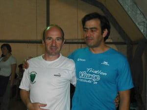 Sergio Carlucci y Eduardo Spen en el natatorio del CAIDE