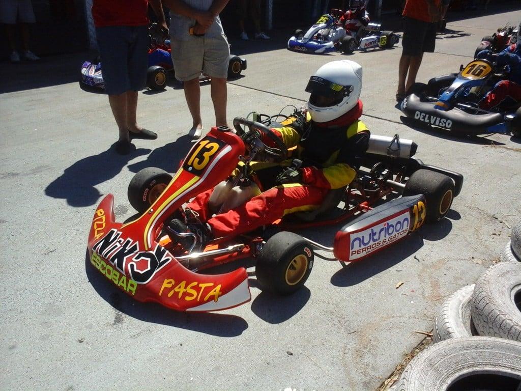 Lucas Monroy, un joven piloto de Escobar participa en Kart Plus