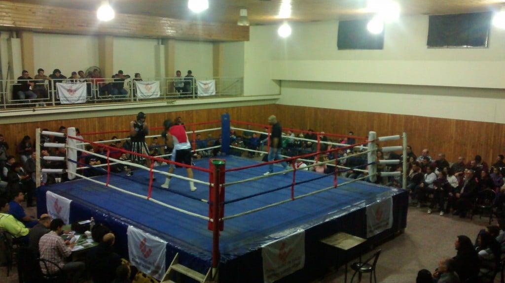 Gran velada de Box en el Club Boca del Tigre