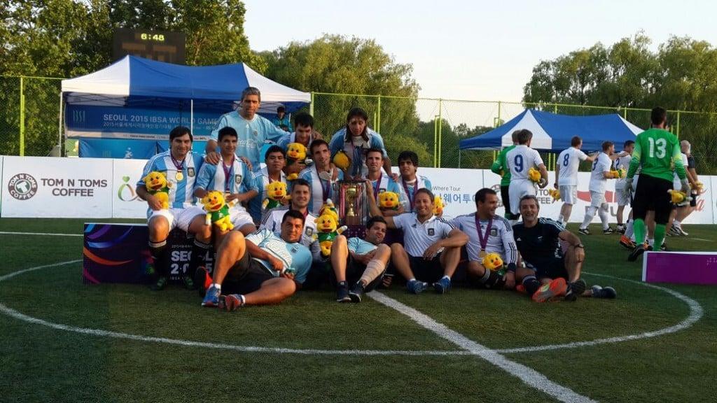 Empate de Los Murciélagos en la tercera fecha, ante Colombia