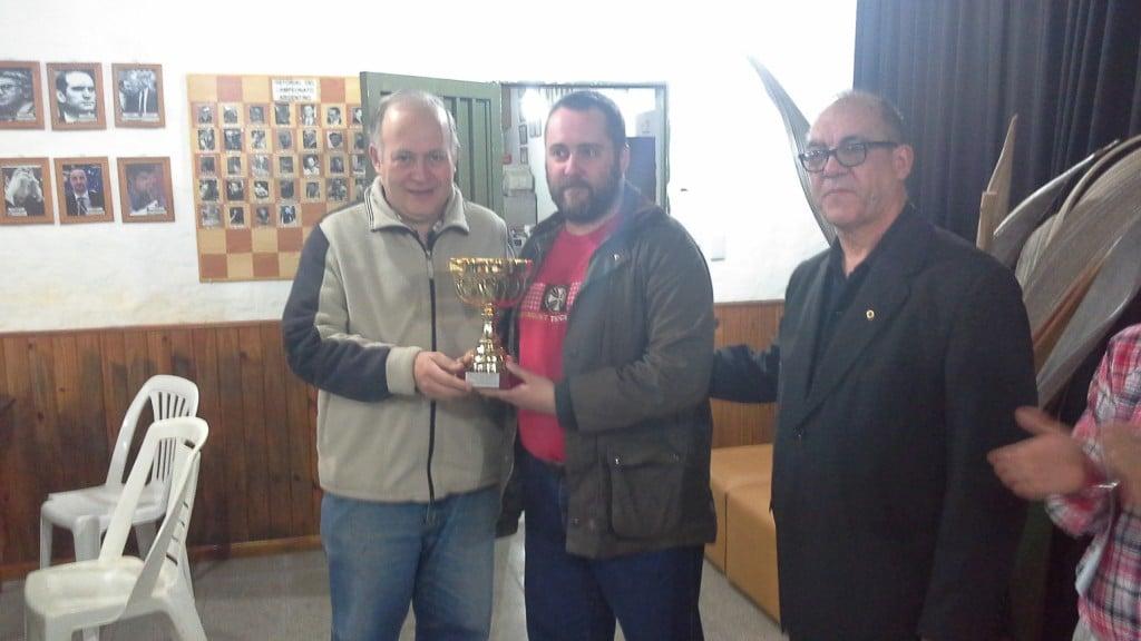 Cristian Dolezal, ganó el torneo 52° aniversario del CAE
