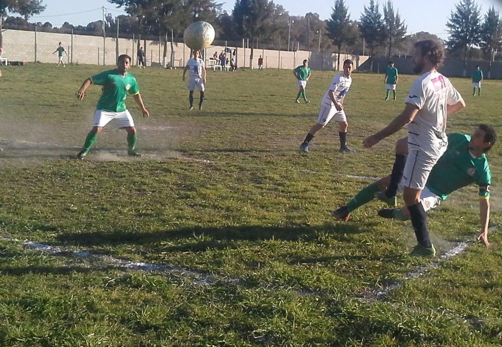 Hacoaj fue más preciso y se llevó la victoria ante Colectividad Boliviana