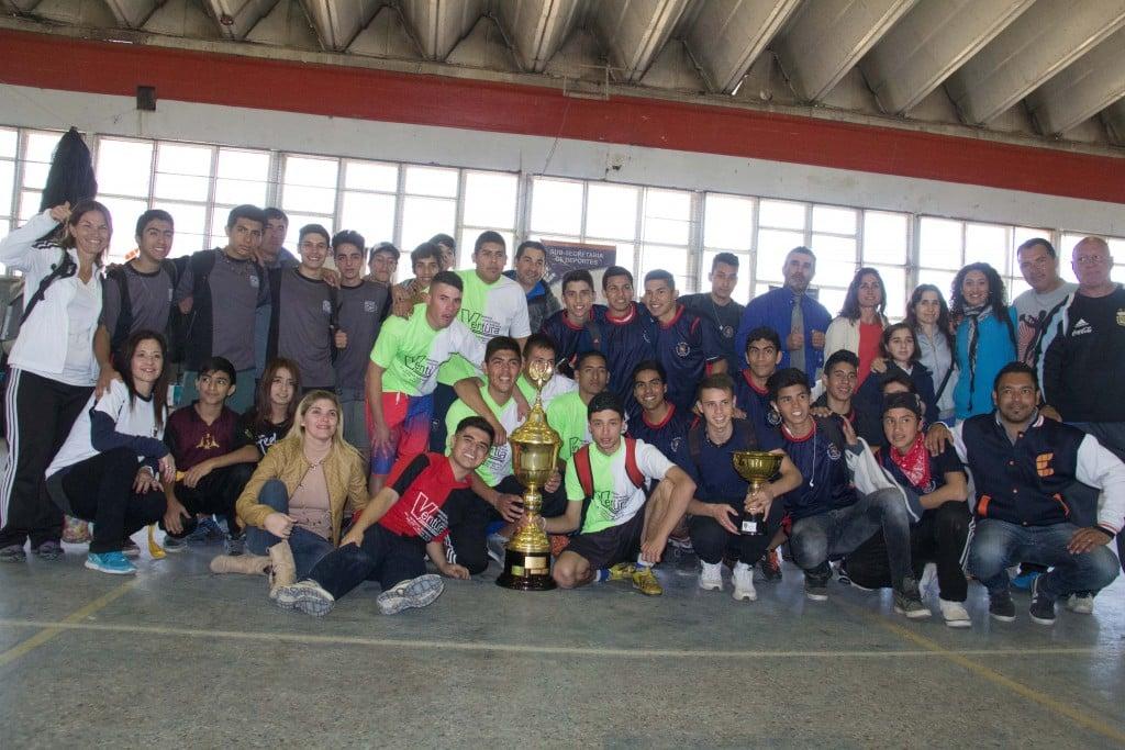 Las Olimpíadas Escobarenses 2015 cerraron con la entrega de premios