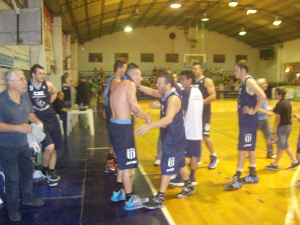 La magia de Rítoli llevó a Sportivo a un agónico triunfo