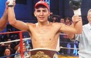 Benítez defenderá el título Latino ante Pintos