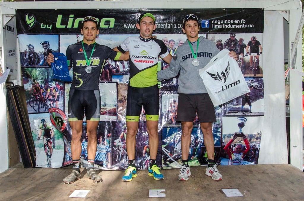 Ciclistas escobarenses presentes en el XC de Tandil