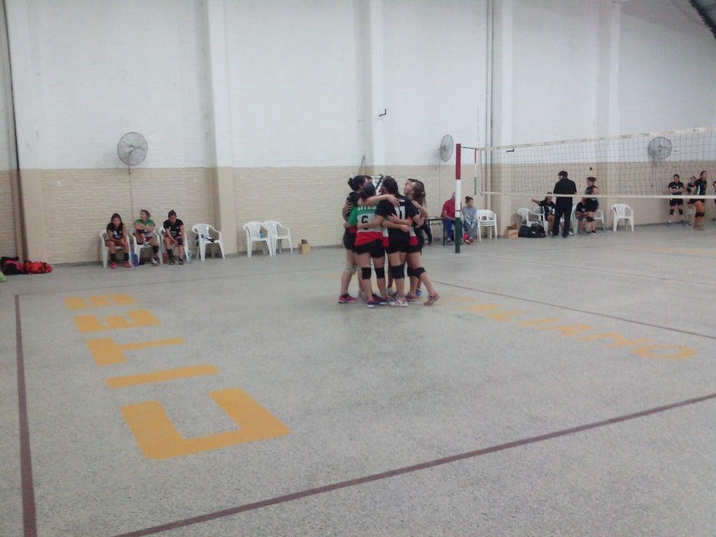 Las chicas de Italiano se quedaron con el primer clásico del año frente a Independiente