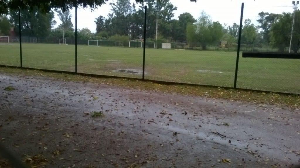 El clima aguó el comienzo de la Liga Escobarense