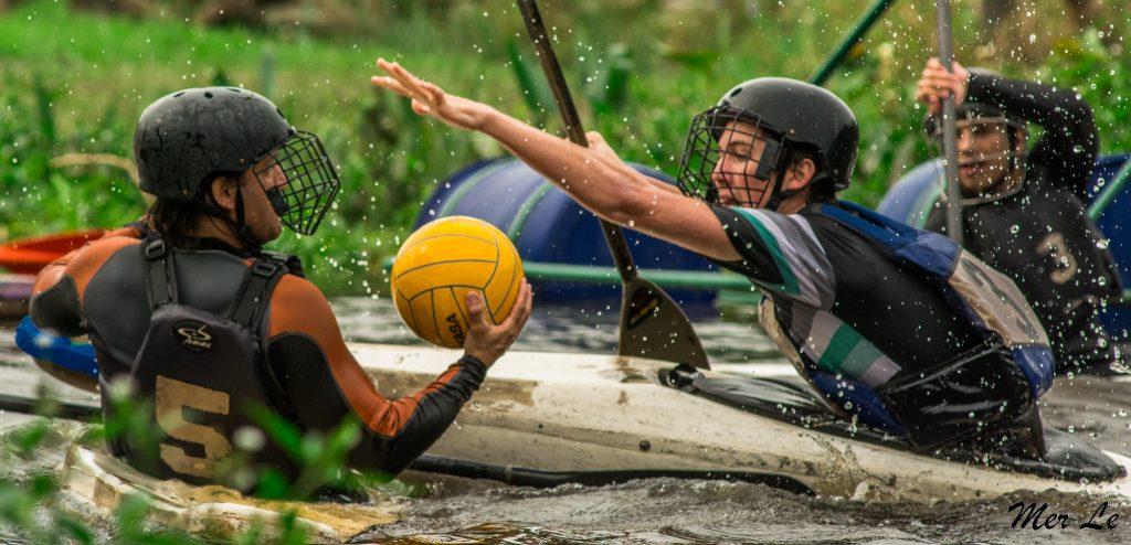 Escobar participará,  en el torneo de Kayak Polo en Brasil
