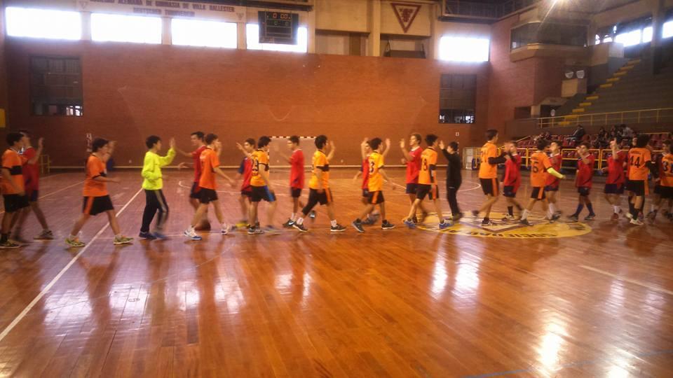 Handball: Escobar fue superior a Ballester en inferiores