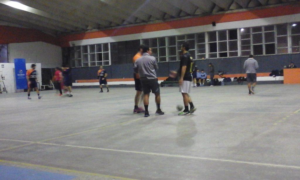 Handball: Municipalidad de Escobar goleó y gustó