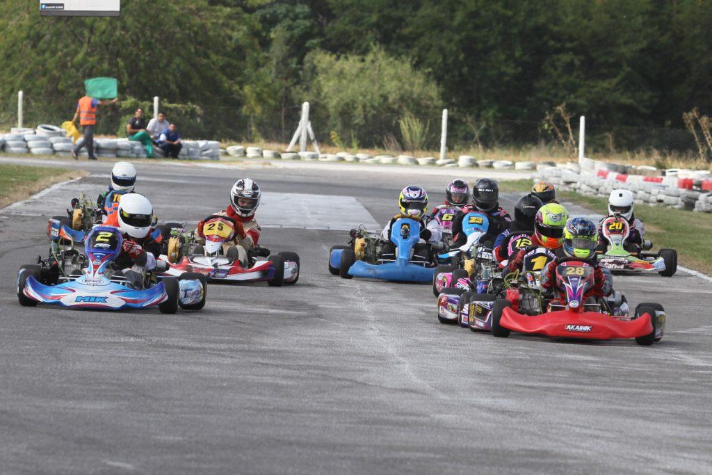 """Lucas Monroy """"quiero ir posicionándome mejor y progresar en el karting"""""""