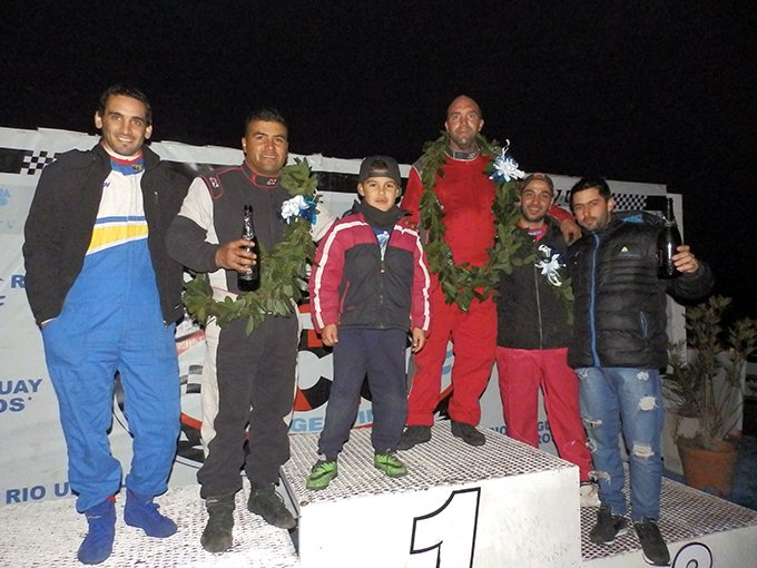 Podio TC 1100 Gran Premio con pilotos invitados
