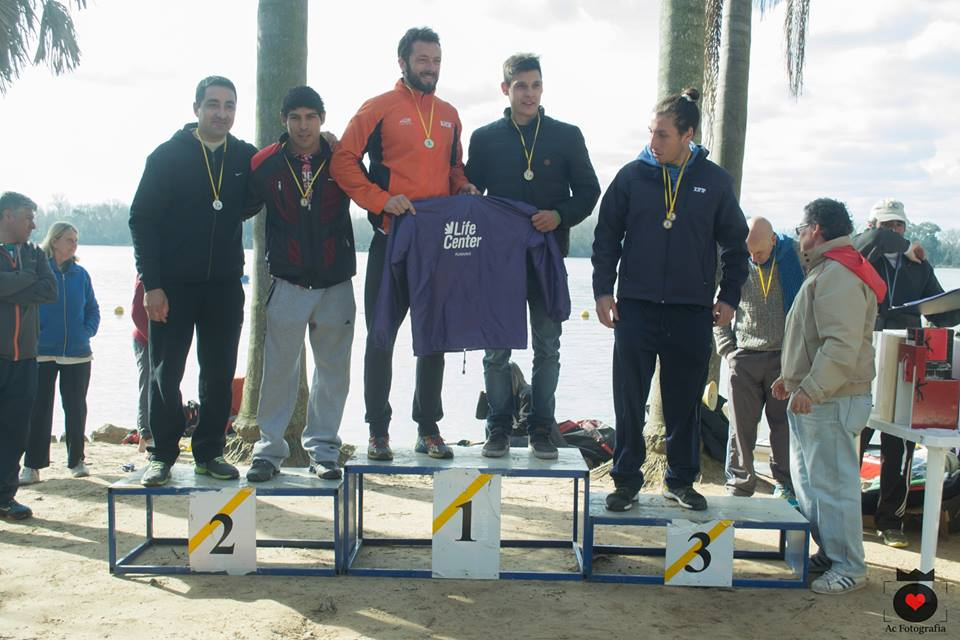 Duatlón kayak  y running,  en el club de Remo y  Náutica de Belén de Escobar