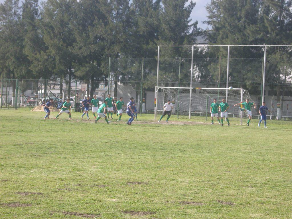Reparto de puntos entre Colectividad Boliviana y Unión Del Viso