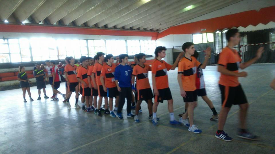 Handball: Escobar alternó buenas y malas