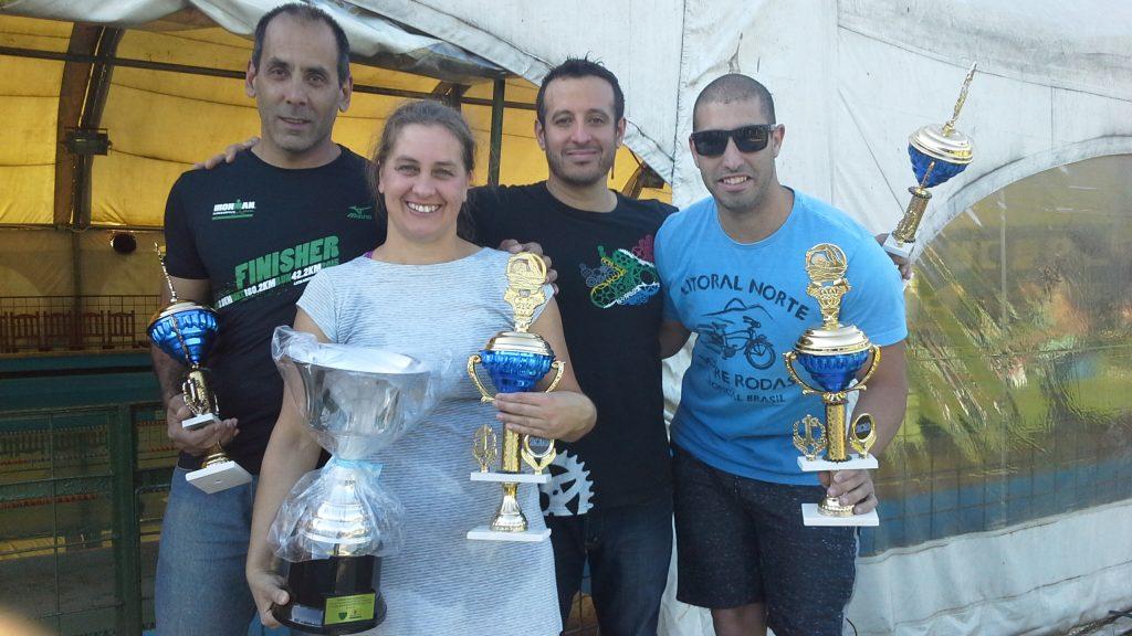 El equipo integrado por  Raff, Ovelar, Schrock y Reinatti ganó  la 3° Copa Radiodeportes de natación