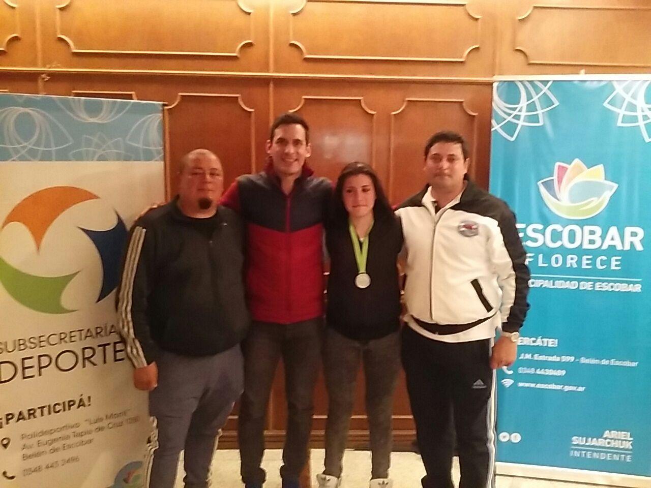 Iara Rota en la foto  junto a Gabriel Aguilar y Sebastián Crismanich