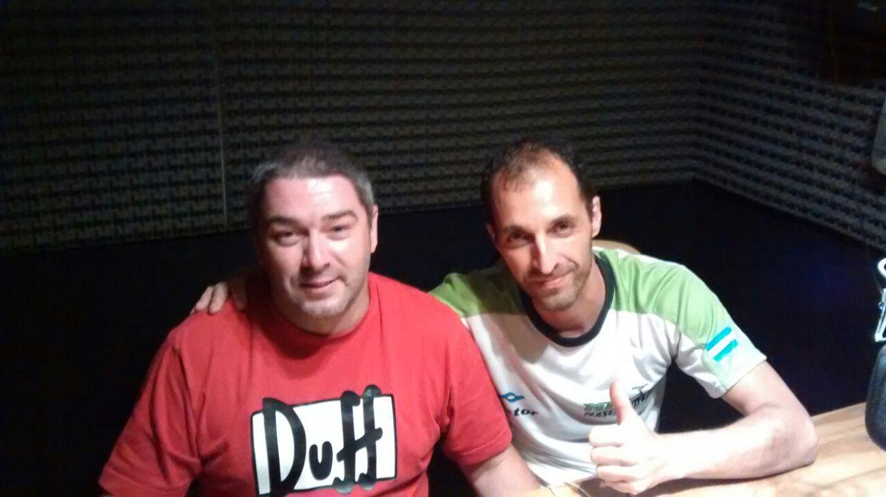 Mario Gianola y Nestor Rodriguez del MTB Maschwitz en la radio