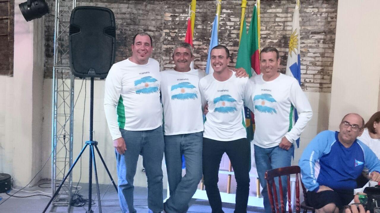 Equipo del club de Pescadores en Brasil