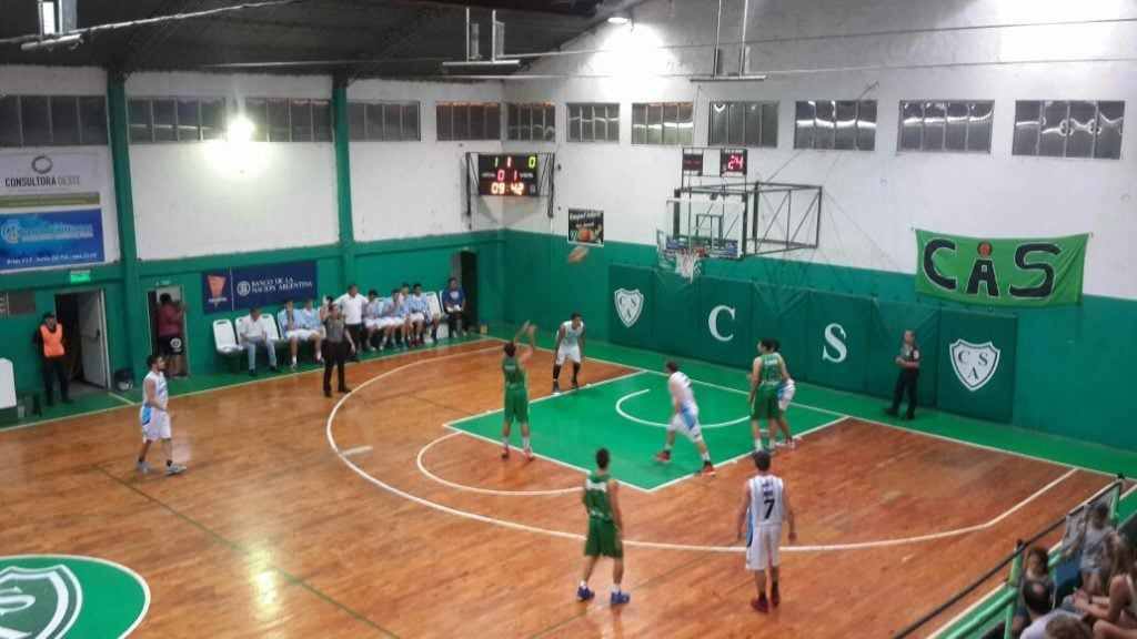 Un desconocido Sportivo cayó contundentemente frente a Sarmiento