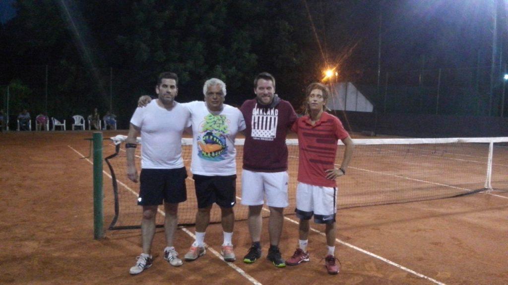 TENIS:  Bernardini y Canel juegan la final del Torneo de Maestros