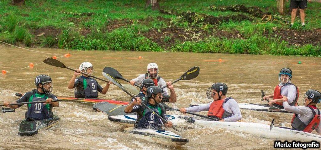 En el CPE se disputó el campeonato abierto de Kayak Polo