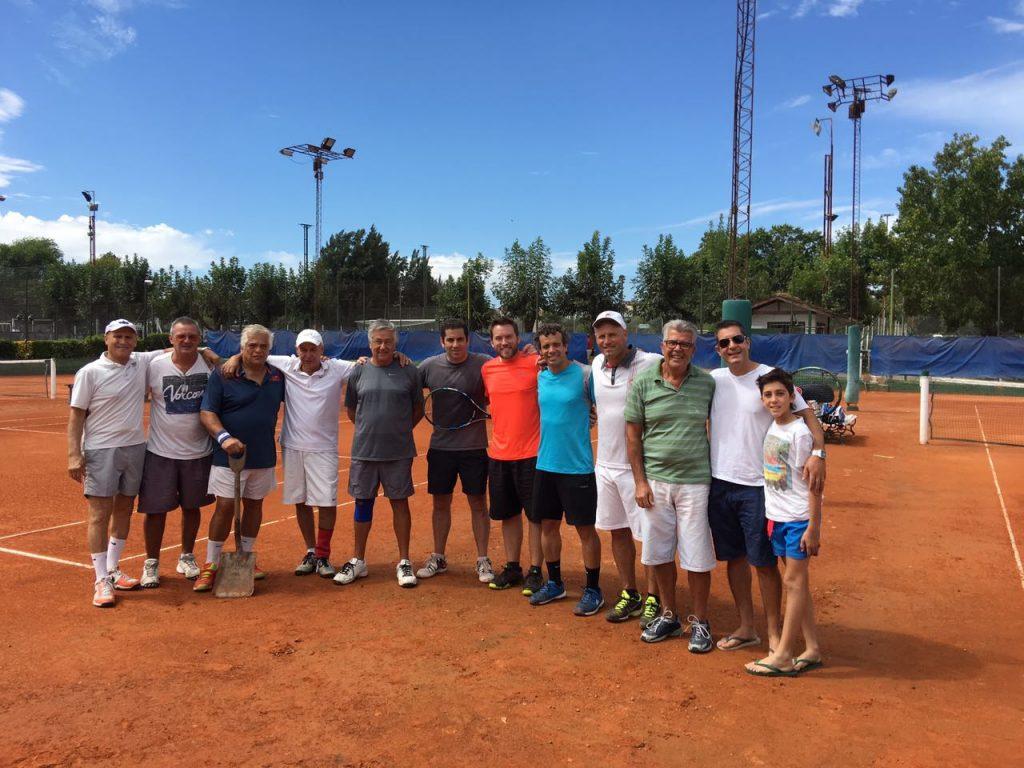 Bruno Bernardini (h) y Oscar  Domenech ganaron el primer torneo  integración de tenis
