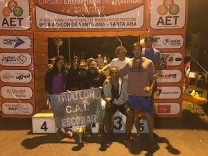 Escobarenses protagonistas en el Circuito Entrerriano de Triatlón