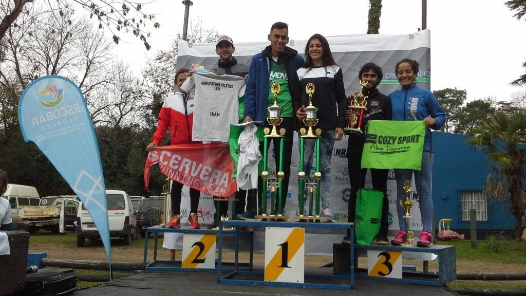 Ocampo y Niestroj,  ganadores de los 8K  que organizó el Kayak Polo de Escobar