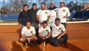 Tenis: Independiente ascendió a tercera con su categoría + 35