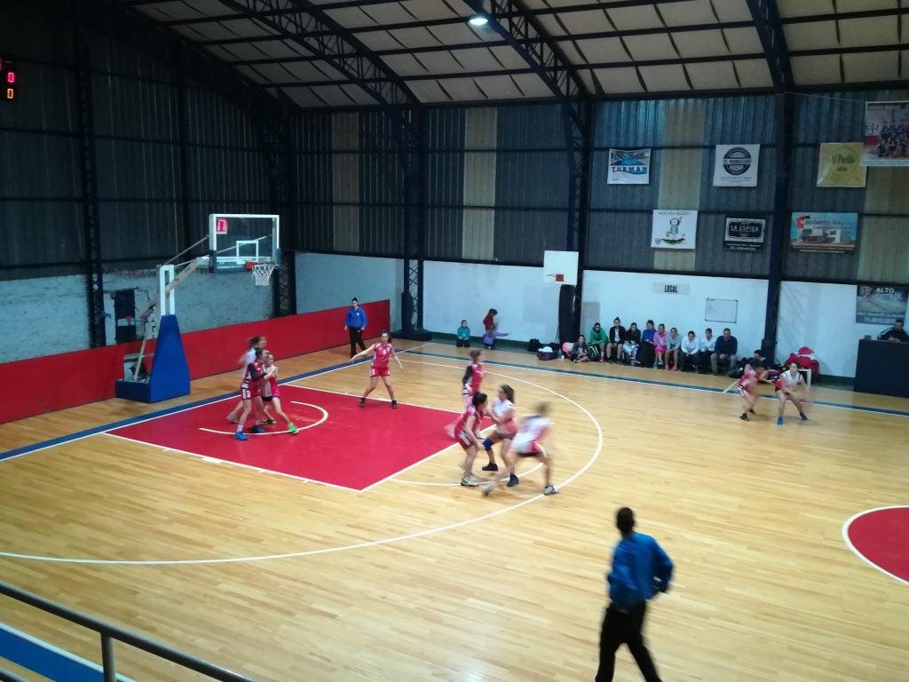 Deportivo Arenal tuvo acción al por mayor