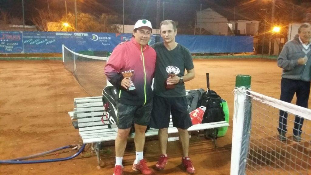 Tenis: Torneo interno y la actividad del  interclubes  en Independiente