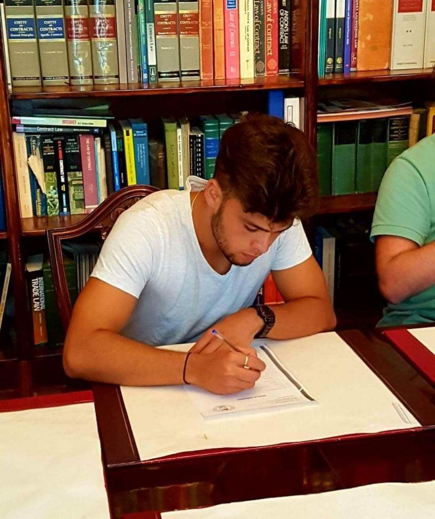 Tomas Scaldaferro, jugará esta temporada en el FC Olimpique de Gibraltar
