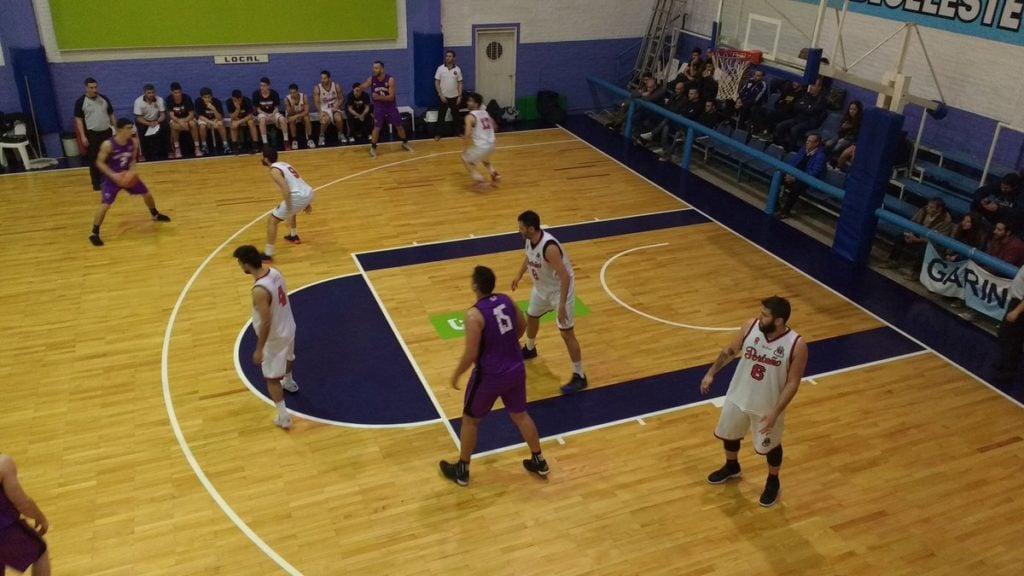 Villa Mitre superó a Estudiantil Porteño y avanzó a la final de la Copa Ciudad de Escobar