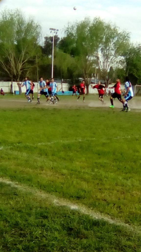 Con poco juego y mucho corazón, Sportivo empató sobre el final
