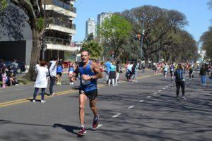 Oscar Giroto, fue segundo en su categoría en el Maratón 42k de Buenos Aires