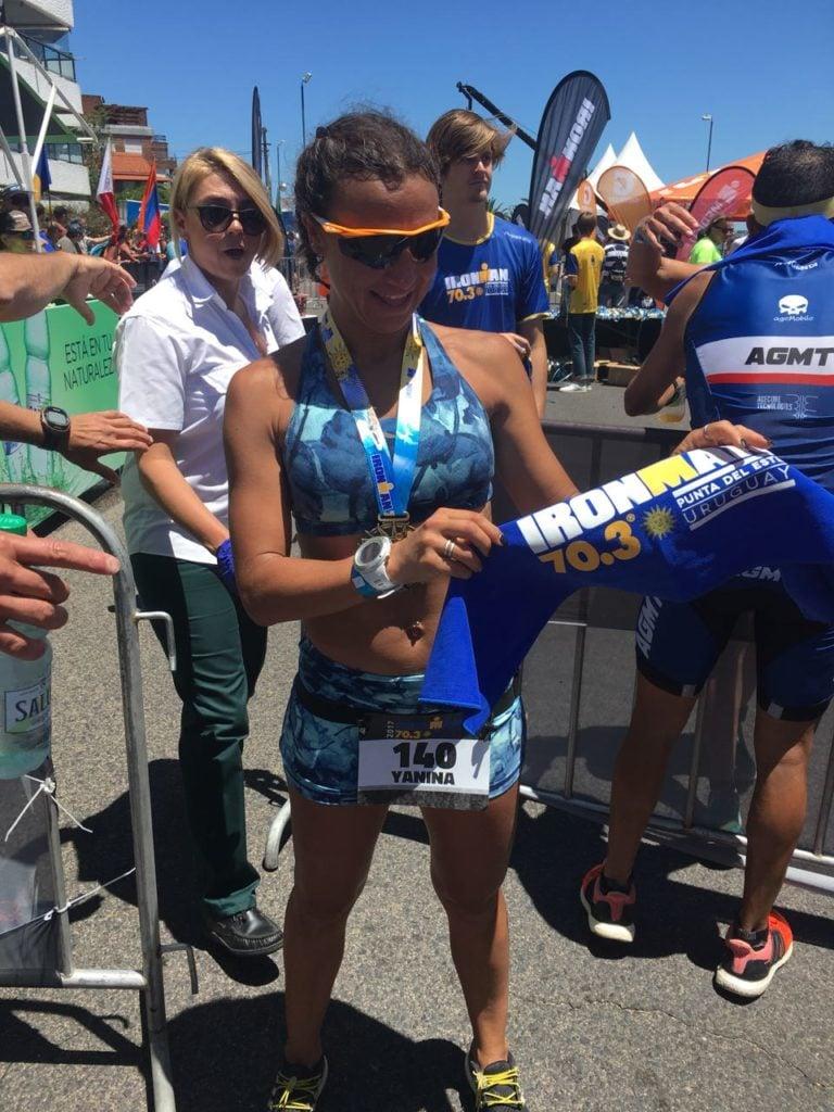 Yanina Minaglia, salió 2° en el Ironman de Punta del Este y  logro una plaza al Mundial de Sudáfrica