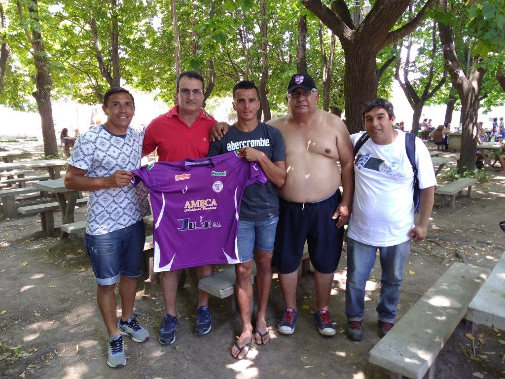 El plantel de Villa Dálmine visitó Escobar para compartir un almuerzo