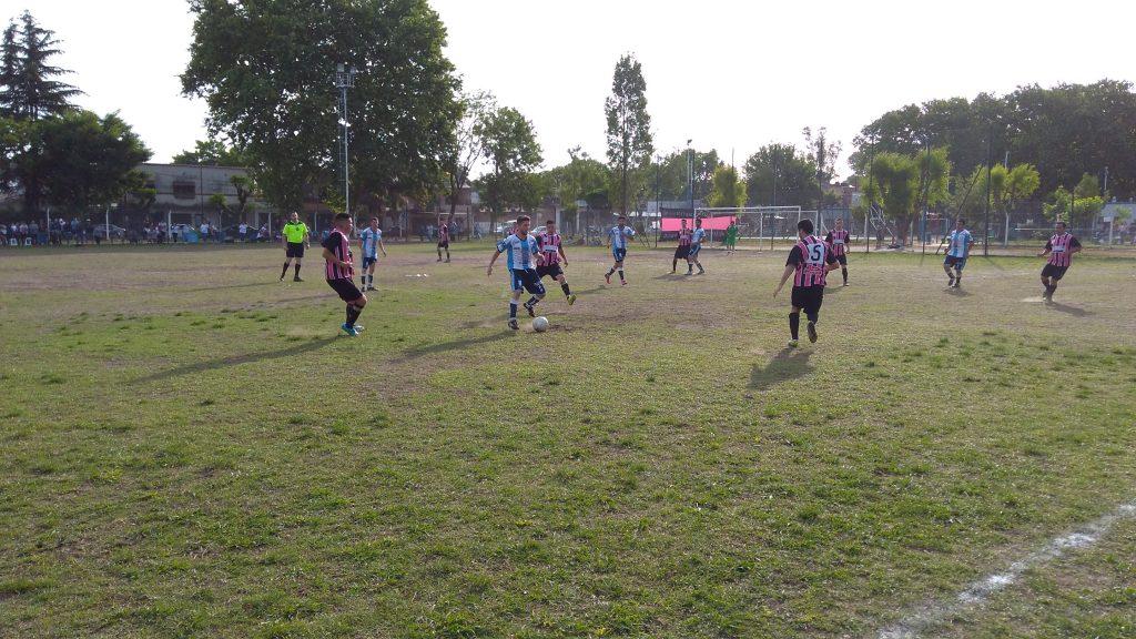 Los equipos de la ciudad se pusieron al día en la Liga