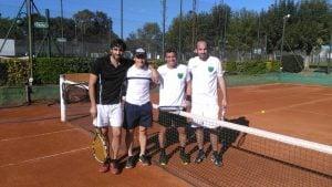Independiente, fue contundente en la primera fecha del Interclubes de tenis