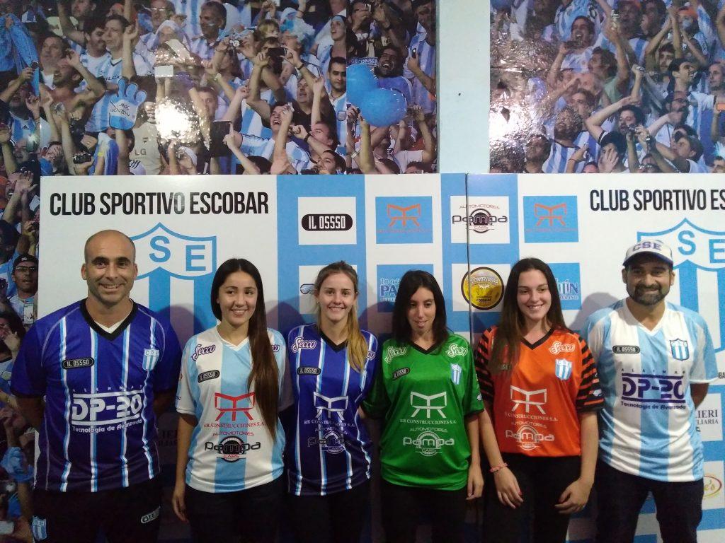 SportivoEscobar presentó en sociedad sus nuevas camisetas