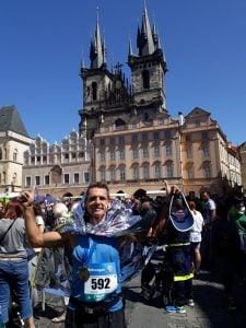 Oscar Giroto logró un nuevo objetivo en el Maratón 42K de Praga