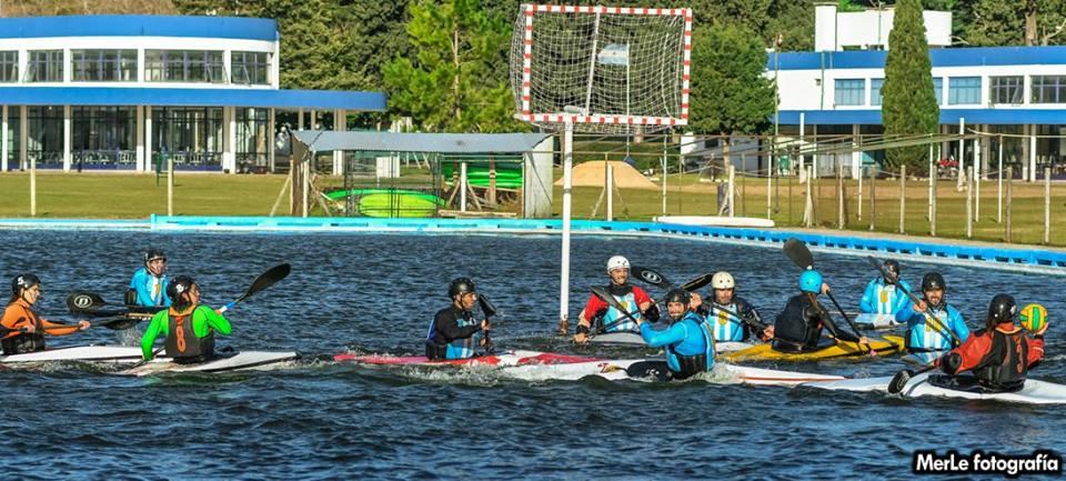 La Selección Argentina de Kayak Polo ultima detalles para el Mundial