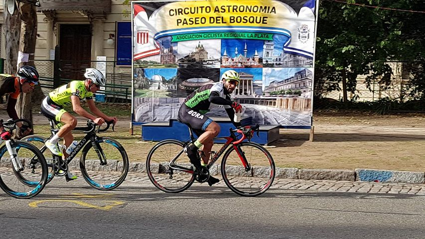 Ariel Guerra, se subió al podio en Lanús y La Plata