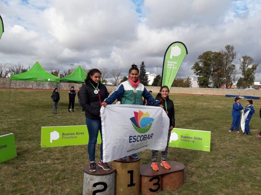 Atletas escobarenses se destacaron en el campeonato de la EIDE y en el torneo de Cross