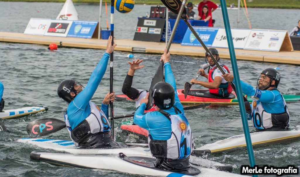 Mundial Kayak Polo, día 5: A pura actitud, Argentina cerró la fase de grupos
